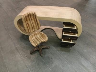 Стіл та крісло офісні. Авторська модель. Фанера. Ручна робота